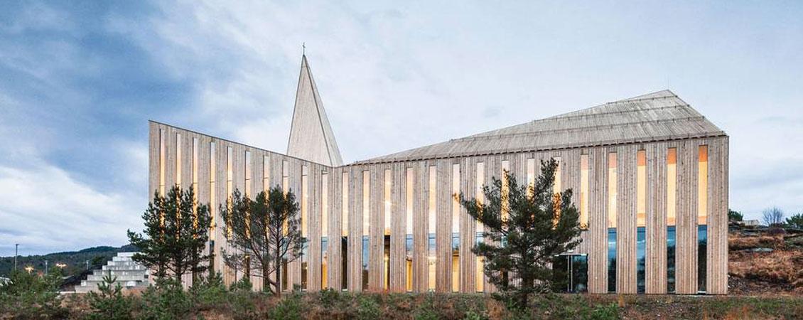Lett-Tak på Knarvik kyrkje