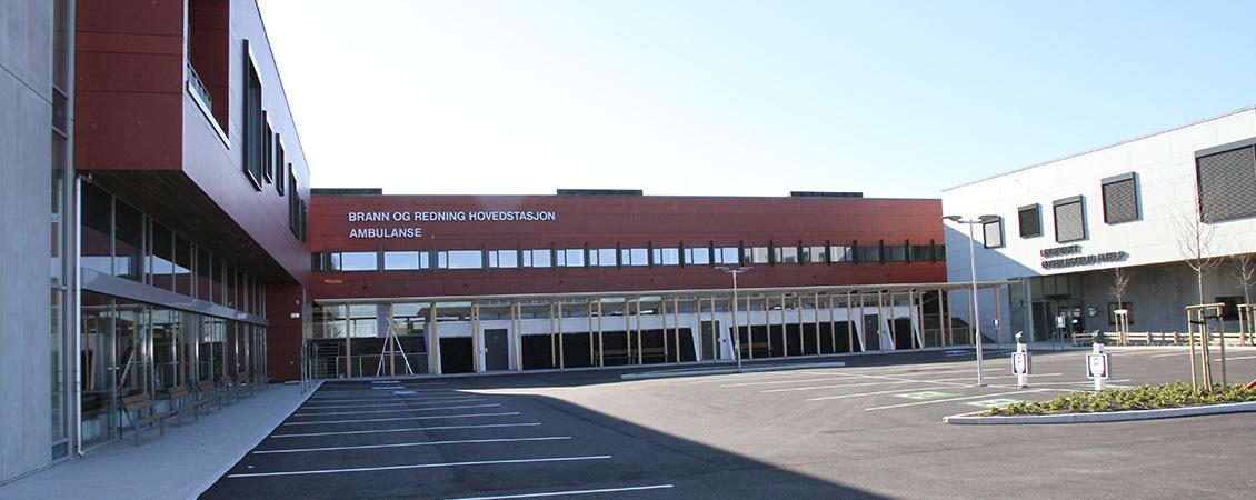 Lett-tak på hovedbrannstasjonen i Sandnes : Lett-Tak